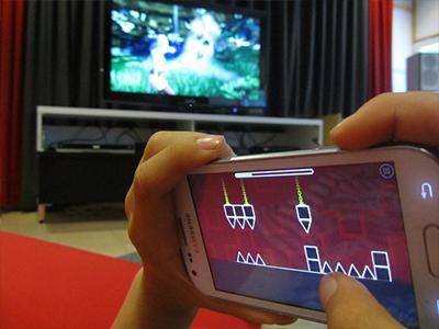 スマホにタブレット、手軽に楽しめるゲームをつくるフリーランスゲームプランナーになるために