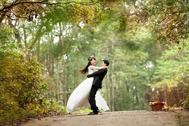 自由な結婚式を提案!フリーランスウェディングプランナーとは?